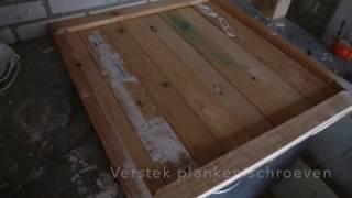 Stap voor stap van gebruikte planken hout een Industriele salontafel maken met creatief hergebruiken