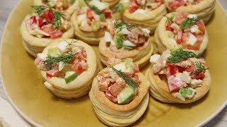 Тараталетки (волованы) из слоеного теста с салатом из тунца