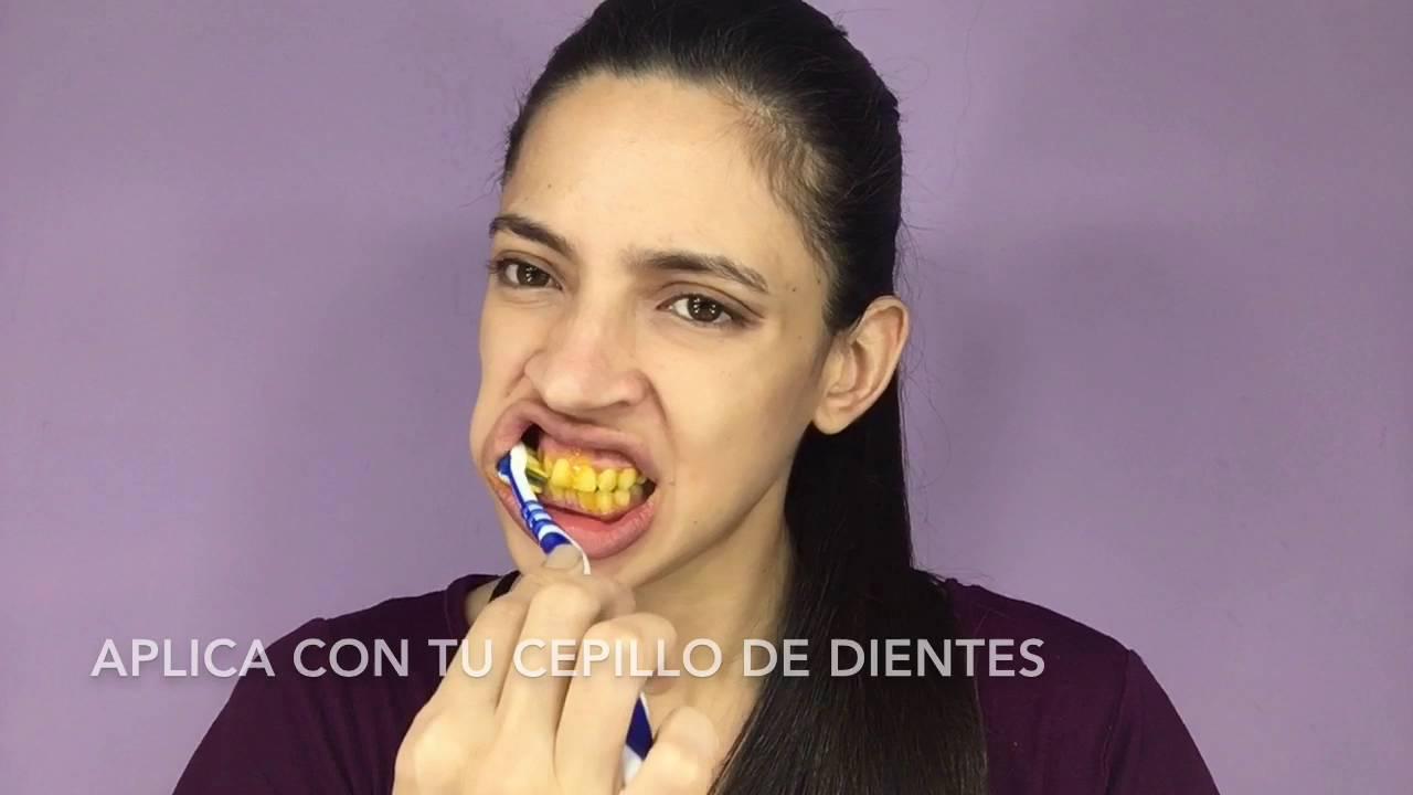 Cómo Blanqueo Mis Dientes Cúrcuma Bicarbonato Youtube