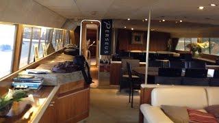 Visite du premier yacht de Bernard Tapie