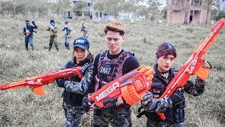 Download Video Nerf Guns War : Couple S.W.A.T Of TTNerf Team Special Fight Attack Squad Boss XX Criminal Dangerous MP3 3GP MP4