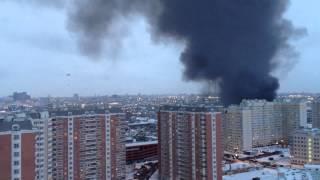 Пожар в Печатниках, работа пожарного вертолета 04.03.2012