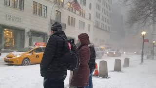 FIRST SNOW DAY OF 2018 NYC JAN-04
