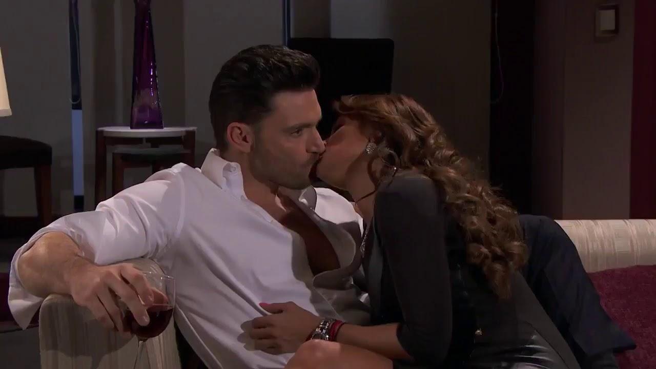Hot Sex Kiss