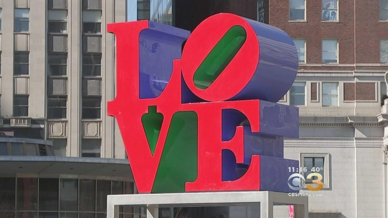 Jessica Dean's 3 Cheers: Love Statue: Feb. 16, 2018