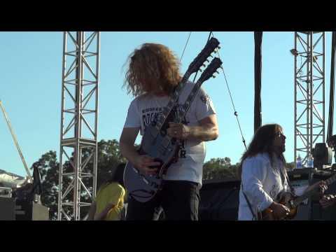 Tesla - Love Song Rock USA 2015 Oshkosh Wisconsin 07 / 18 / 2015