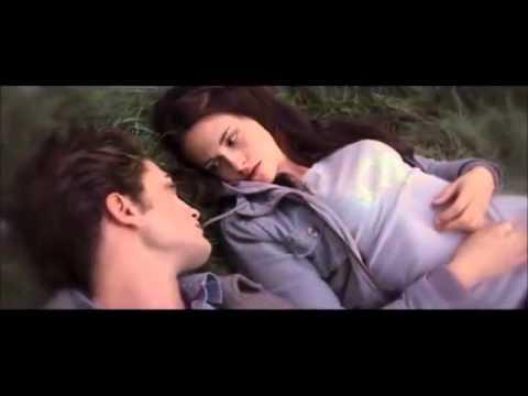twilight-:-chapitre-4---révélation-2ème-partie-(2012)---partie-1