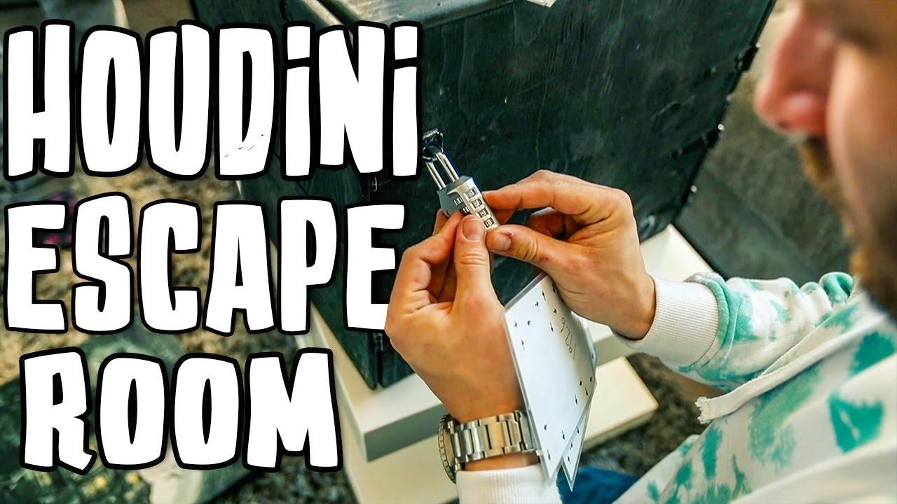 Solving The Houdini ESCAPE Room!!