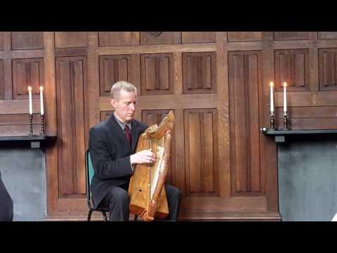 Cogadh no Sith (War or peace). Medieval clàrsach ceòl mór - pìobaireachd on the harp