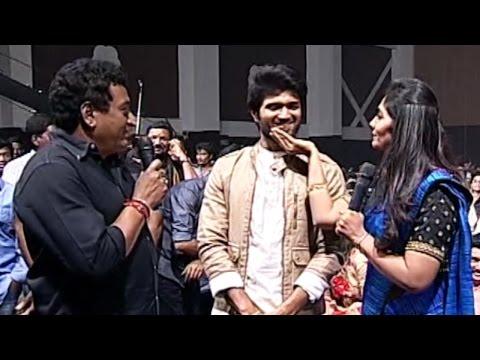 Anchor Jhansi & Comedian Prudhvi Making Hilarious Conversation About Vijay Devarakonda  TFPC