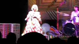 Sia Olympia Paris We meaning You Tour The girl who lost your cocaine