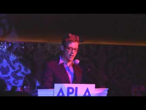 Actor Barrett Foa Introduces Councilmember Paul Koretz at 2012 AIDS Walk Los Angeles Kick-Off Celebr