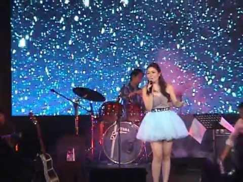 Sabrina - One Last Cry (Live)