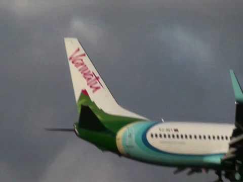 Air Vanuatu landing