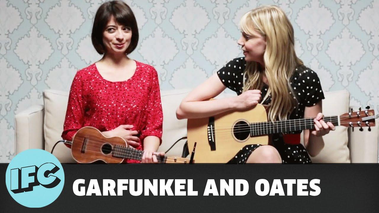 Garfunkel and Oates | The Sofa Sessions: Pregnant Women ...
