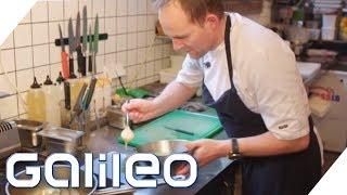 Bratwurst mit Sauerkraut: Kann ein isländischer Spitzenkoch das nachmachen?   Galileo   ProSieben
