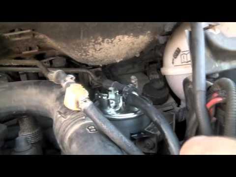 cambiar filtro del carburante diesel - replace diesel fuel filter