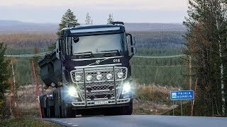 Volvo Trucks - 25 90-tonne trucks secure the transportation of iron ore, 24/7, all year around