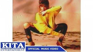 แสงระวี อัศวรักษ์ : แมงมุม อัลบั้ม : แมงมุมขยุ้มหัวใจ [Official MV]