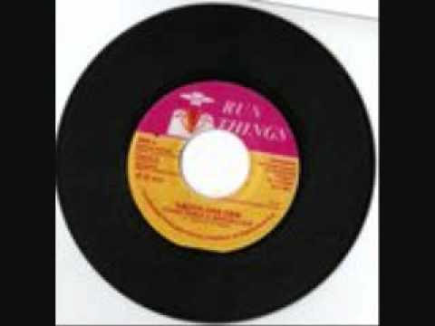 SUGAR MINOTT  LONG DISTANT RUNNER  STALAG 2000 RIDDIM