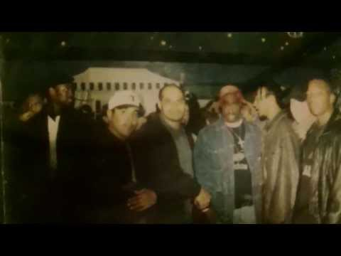 JAYZ AND TUPAC IN SAME PICTURE( jayz sneeks in) exclusive