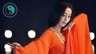 Tong Li 童麗 • Beautiful Chinese Song 梅花夢 [Traditional China] MP3