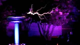 Masters of Lightning Play Mortal Kombat Theme with Zeusaphones