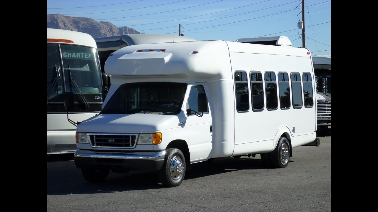 2015 Ford E350 >> Used bus For Sale - 2006 Ford Supreme Startrans Wheelchair ...