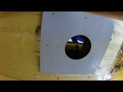 Как сделать переход трубы через потолок в бане