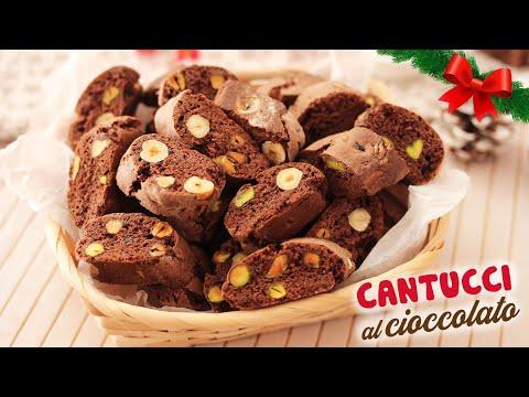 cantucci-al-cioccolato-con-nocciole-e-pistacchi---ricetta-di-natale