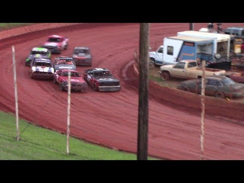 Winder Barrow Speedway Stock Eight Cylinders Feature Race 8/25/18