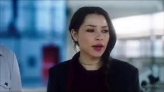 Бог Скорости бьет молнией Нору Аллен ( Флэш 5 сезон 18 серия )