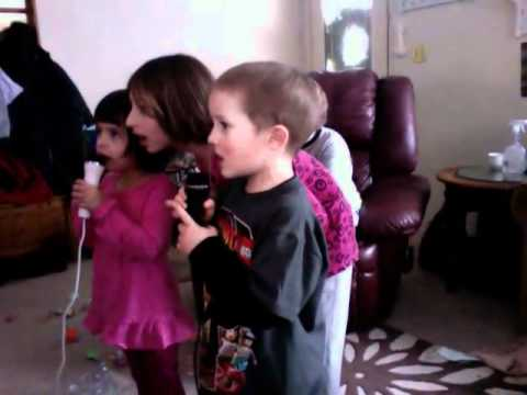Aden and Rowan singing to Glee karaoke!