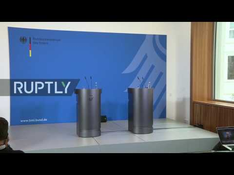 LIVE: De Maiziere gives statement in Berlin