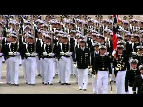 """Nibelungen Marsch""  Military Parade / Parada Militar Chile Escuela Naval marcha Nibelungos"