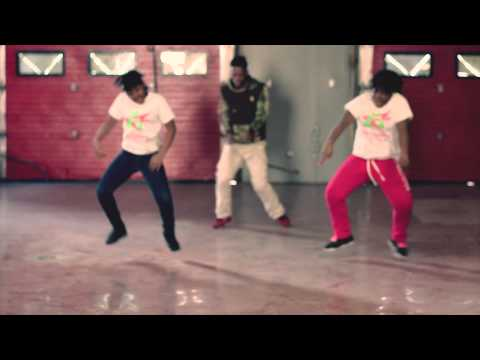 *EXCLUSIVE* DOING TOO MUCH- LIL KEMO & THA TWINZ (CHICAGO BOP QUEENS)
