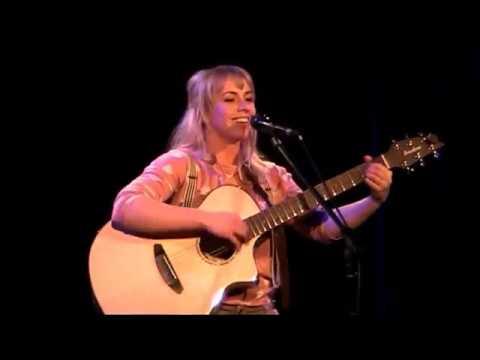 """Miss Allie beim Singer-Songwriter Slam Finale 0203 """"Du kleine Süße"""""""