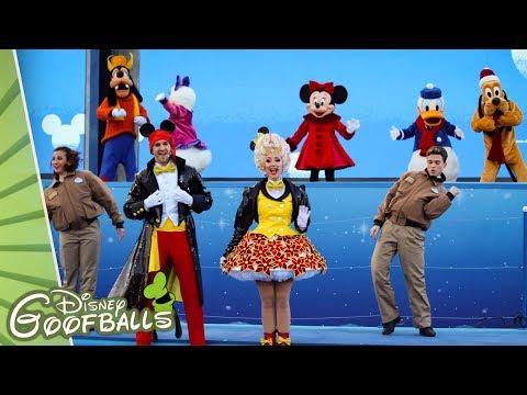 Surprise Mickey! - Christmas Disneyland Paris 2018 🎄 Mp3