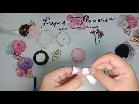 Paper flower Corsage