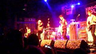 Kids In Glass Houses - Youngblood (Let It Out) (30/10/09)