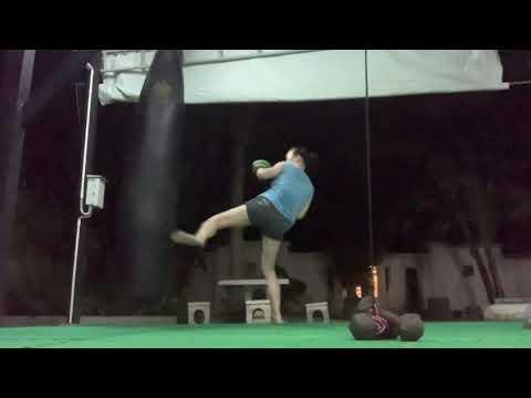 ฝึกการใช้ขาแบบมวยไชยา How to use The Legs (Muay Chaiya Style)