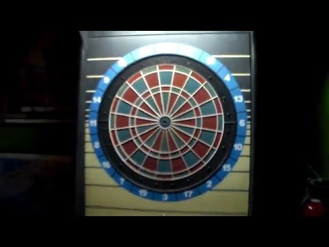Cougar Darts SM Coin-Operated Dartboard by Valley - Early 90's Bar Game with HONEST ERNIE!