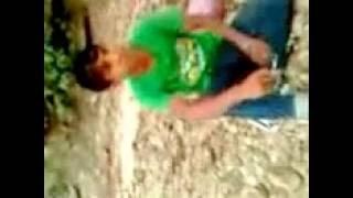 Download Video ngentot di pinggir sungai MP3 3GP MP4