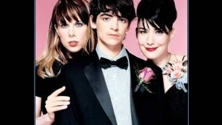 Le Tigre - Hot Topic / After Dark ( LIVE ) 2005
