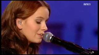 Marit Larsen - I've Heard Your Love Songs live at the Nobel peace prize concert