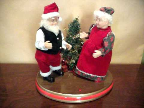 06c7e53493acc Dancing Santa and Mrs Claus - YouTube