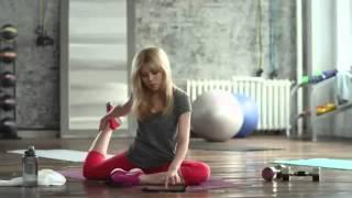 Hot Yoga - Ariana Grande, Jennette McCurdy
