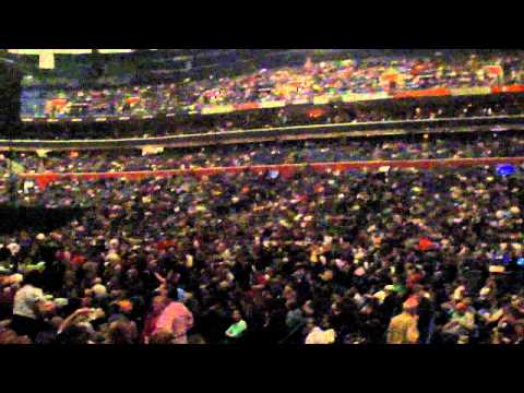 Bob Seger opens Buffalo NY show of 2011 tour--Roll Me Away--Live @ HSBC Arena 2011-04-09