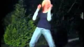 Девушки танцуют тектоник .(Уважаемые авторы этих клипов,я очень извиняюсь за то,что я взяла ваше видео!!!, 2012-06-30T12:31:49.000Z)