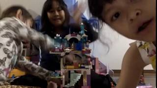 Elsa's Ice Castle Lego and Cardboard Pretend Play with My Schoolmate